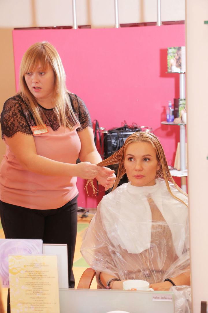 Елена Ильясова в студии красоты L'orange. 3 этап процедуры «Абсолютное счастье для волос»
