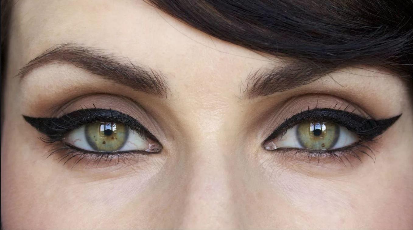 Красивый макияж для увеличения глаз фото сделал